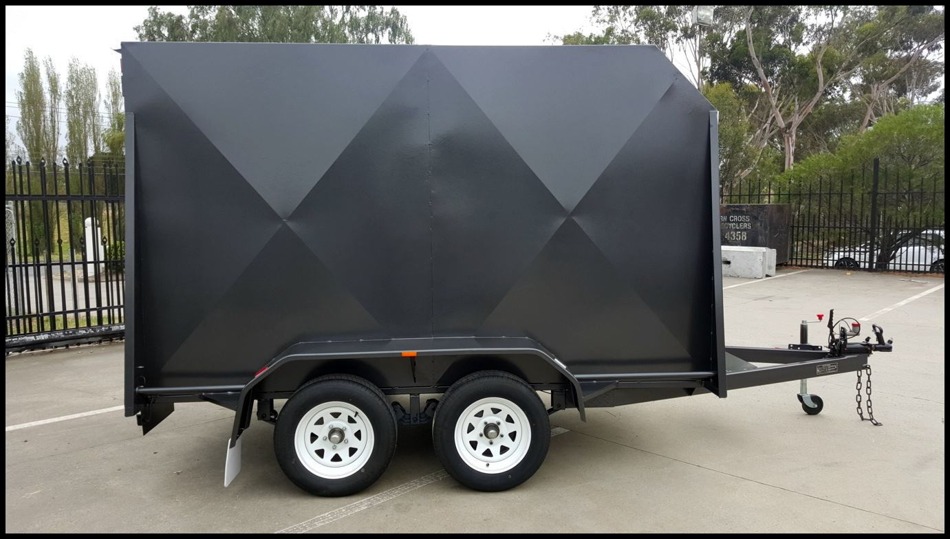 10 x 5 Enclosed Tandem Trailer