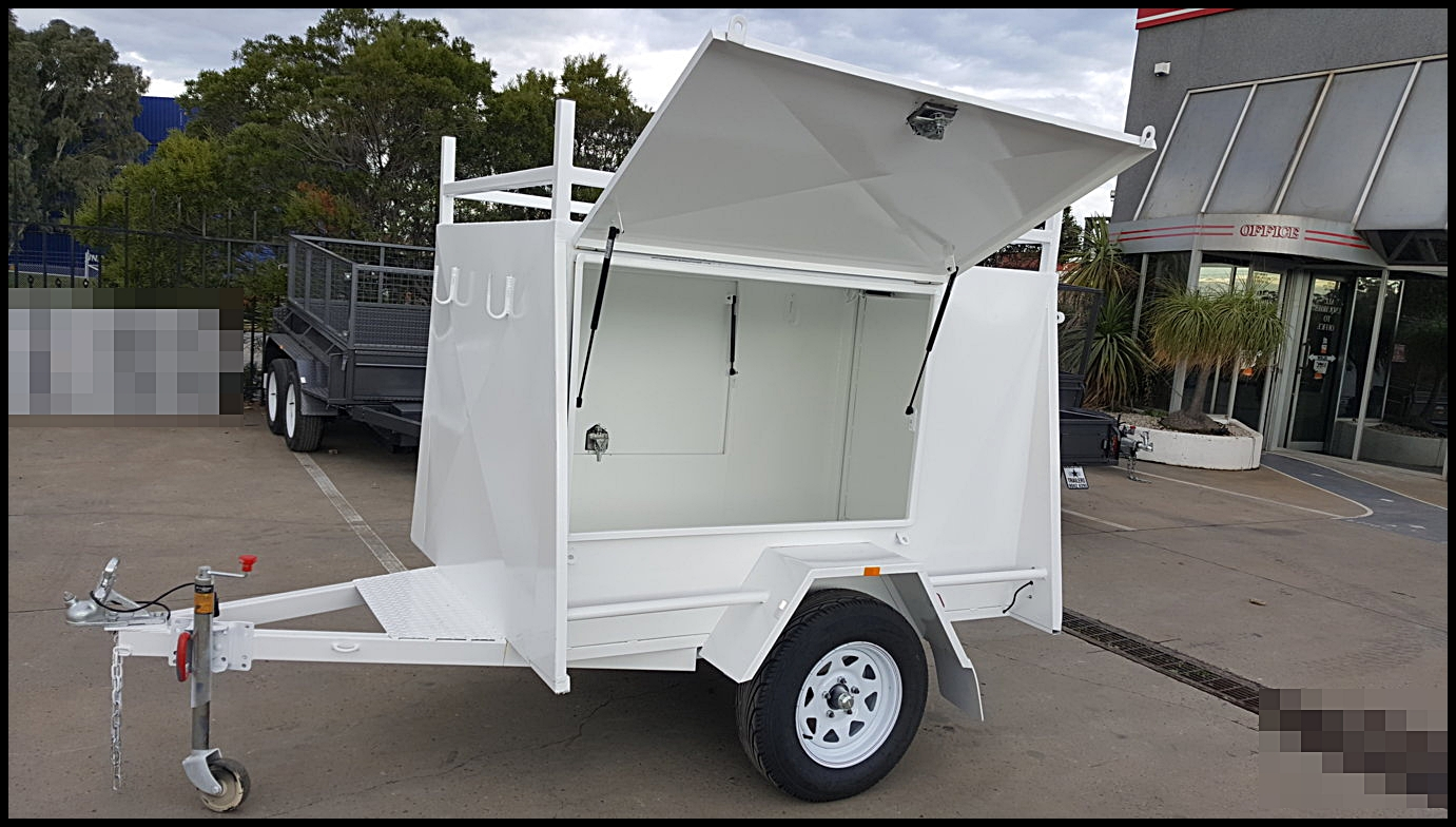 6×4 Enclosed Trailer (3 Doors,Racks)